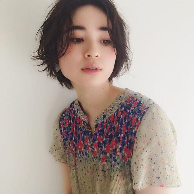 エラ張りさんに似合うショートの髪型4