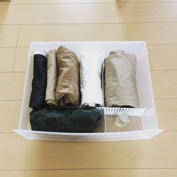 ①タンス用の仕切りを使った洋服収納3