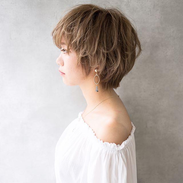 おしゃれな外国人風!綺麗な女性のショートヘア