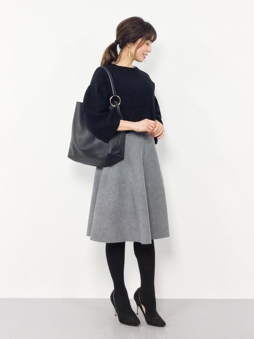 [FELISSIMO] IEDIT ダブルジャカードでリュクスな張りを出した シルエット自慢のニットフレアースカート