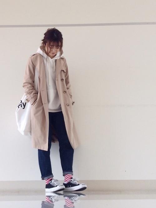 チャンピオンパーカー×デニムの春夏コーデ3