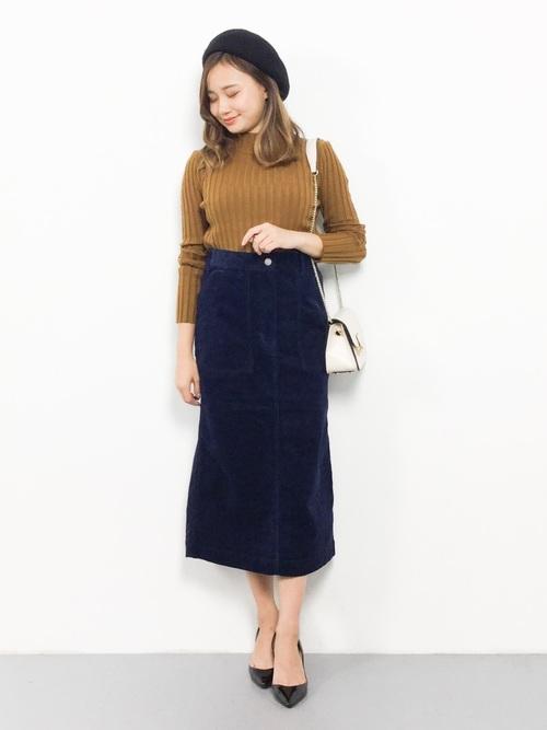 女性らしく着こなせるタイトスカート