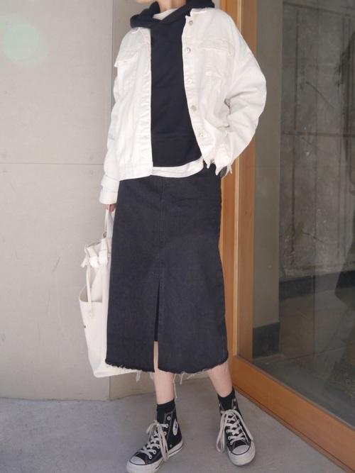 [CORNERS] スリット入りブラックデニムタイトスカート