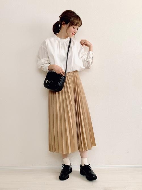 スカートがユニクロ2