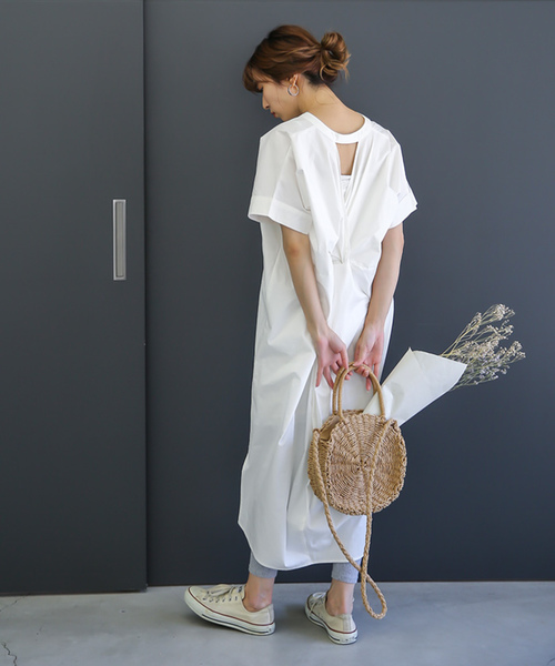 [select MOCA] コクーンシルエットスタンドカラーコットン100%バックしぼりデザインロングシャツワンピース