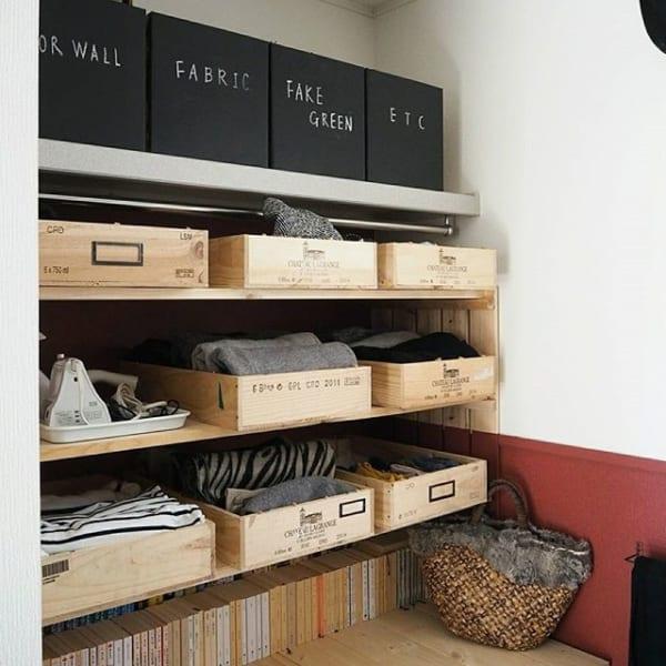 ④木材&木箱を使った洋服収納