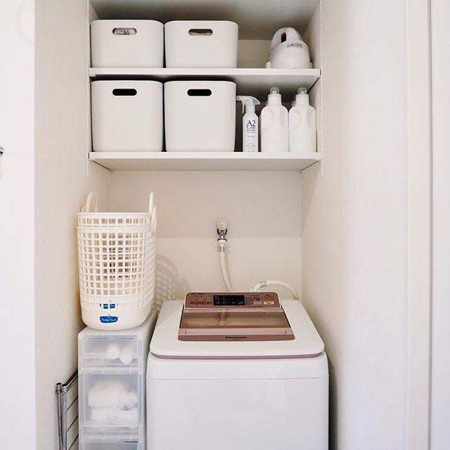 洗面所のホワイト収納4