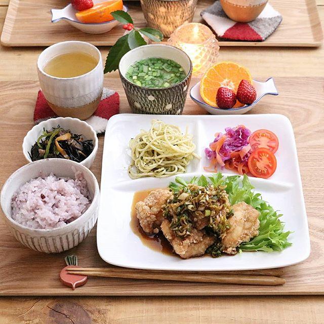 カリッと美味しい鶏の竜田揚げネギソース