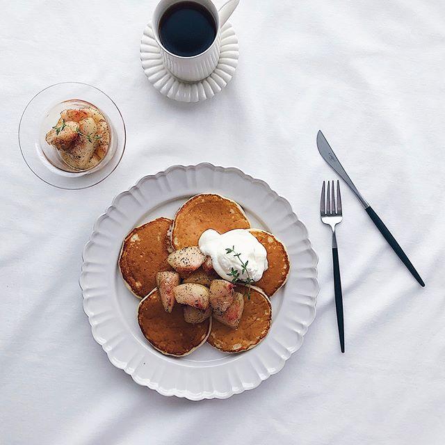 桃のアールグレイマリネでパンケーキ