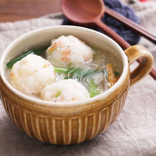 ふわふわエビの団子の春雨塩スープ
