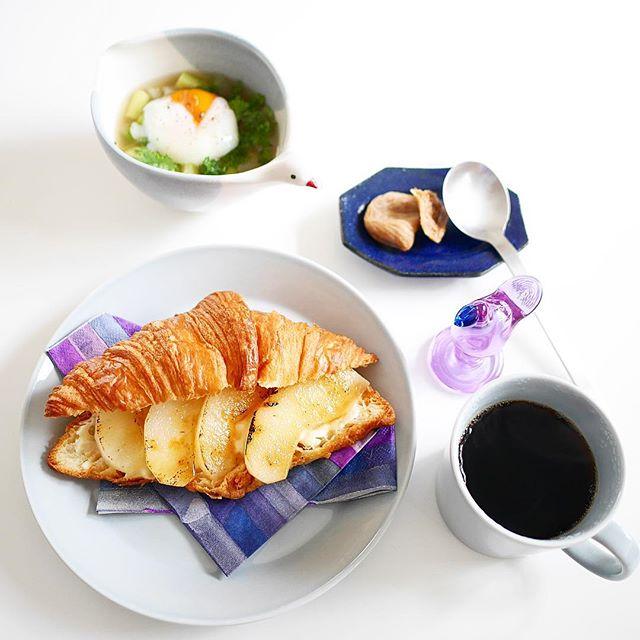 梨キャラメリゼとマスカルポーネのサンドイッチ