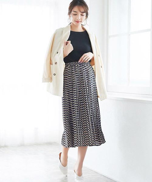 ネイビースカート4