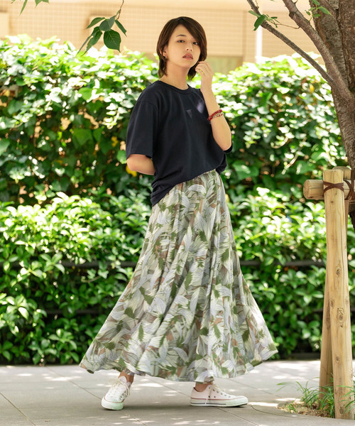 [ROOP TOKYO] トロピカルリーフプリント フレアスカート