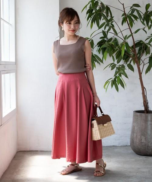 [TIENS ecoute] 【WEB限定】サイドくるみボタンタックフレアスカート