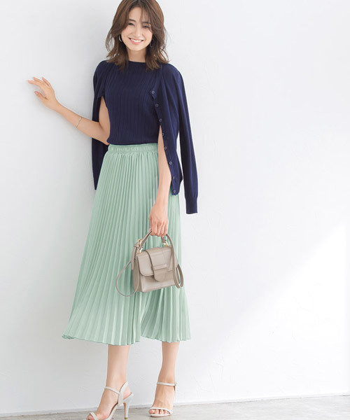 [Pierrot] ミドル丈フレアプリーツスカート