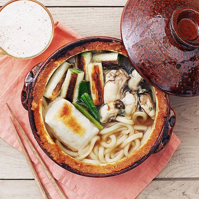 牡蠣の土手鍋味噌うどん