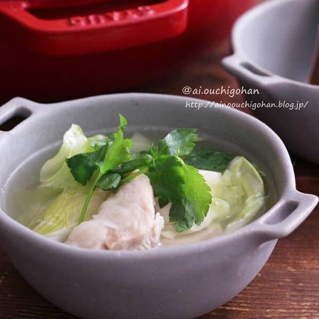 優しい味わい!鶏むね肉の塩鍋スープ