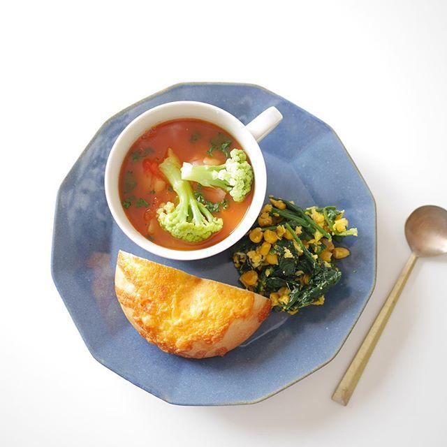 優しい豆トマトスープ