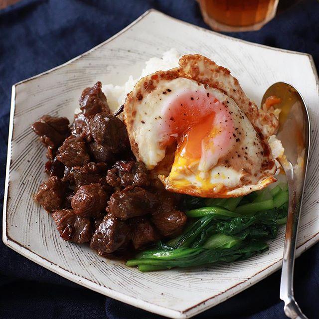 ごはんがすすむレシピ!魯肉飯!目玉焼きのせ