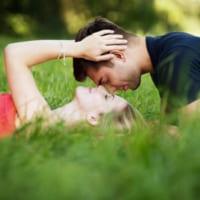 仲良し夫婦の特徴&共通点とは?いつまでもラブラブでいる秘訣を解説