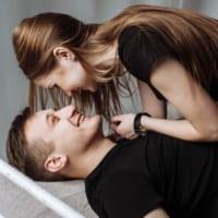年下彼氏と付き合うポイント2つ!恋愛で年上女性に求めるものとは?