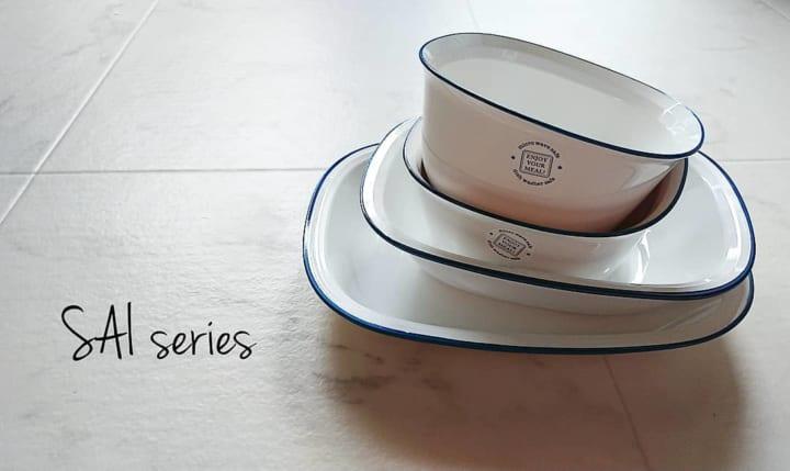セリア 琺瑯食器
