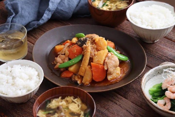 鶏肉と野菜のピリ辛煮