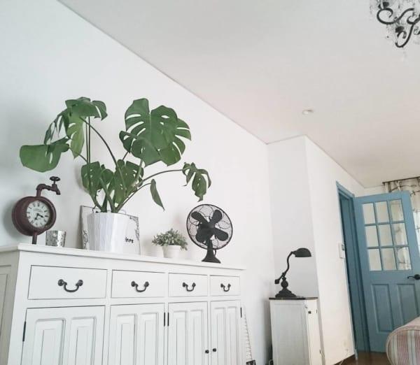 さりげない夏らしさを演出できるミニ扇風機5