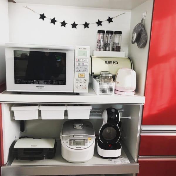 清潔感とオシャレさを両立したモノトーンキッチン5
