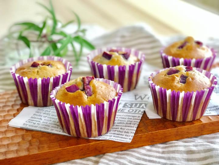 紫色が映えるスイーツ!紫芋のカップケーキ