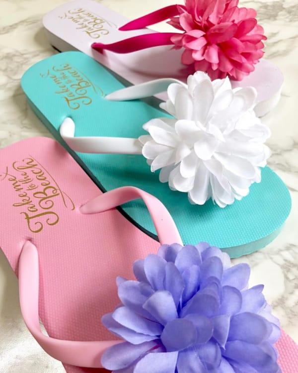 パステルカラーとお花が華やかなビーチサンダル【ダイソー】