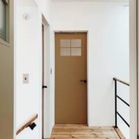 インテリアをグレードアップ!インパクトのある【室内ドア】を取り入れたお部屋