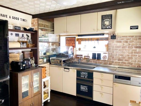実用性だけでなく、テーマ性のある魅力的なキッチンを実現3