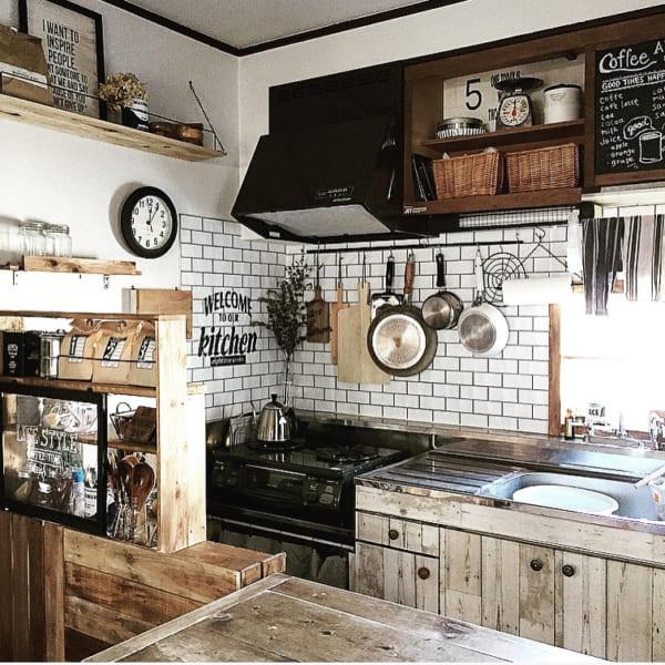 実用性だけでなく、テーマ性のある魅力的なキッチンを実現4