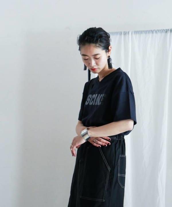 FIL DE FER -VネックワイドTシャツ