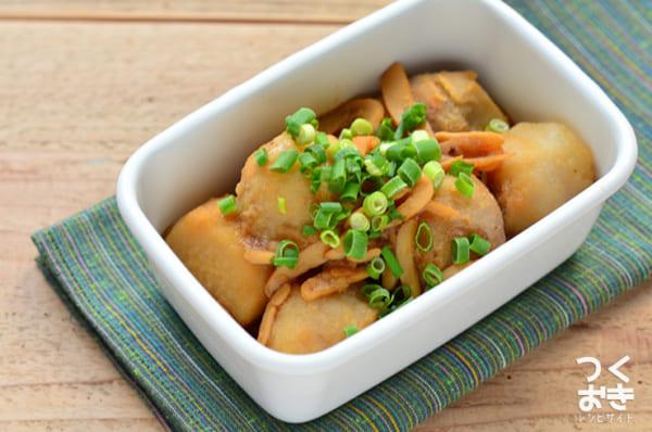 珍味を使って旨味たっぷり!里芋といかの煮物