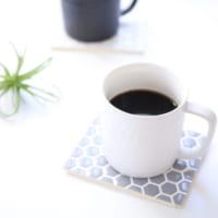 【連載】《セリア》のモノトーン雑貨を合わせて簡単おうちカフェ作ってみました