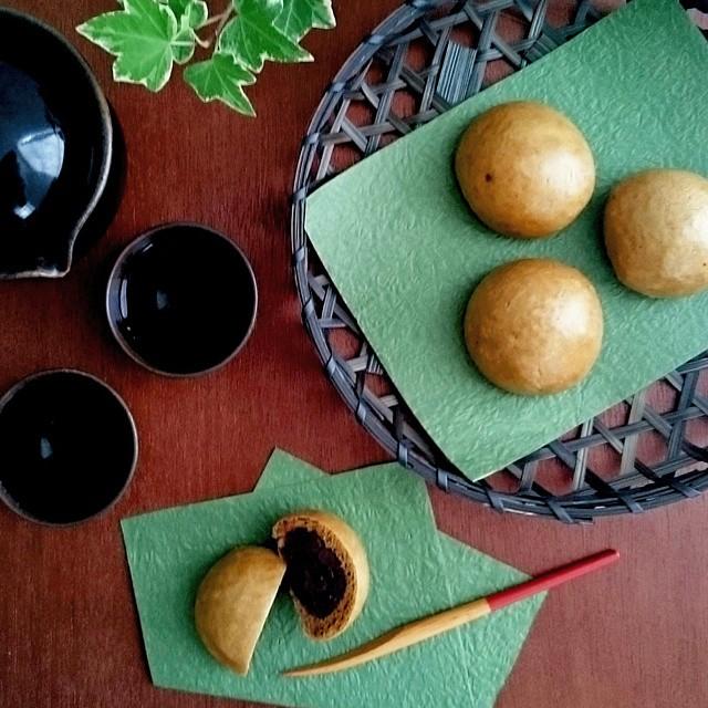 人気お菓子レシピ:黒糖まんじゅう