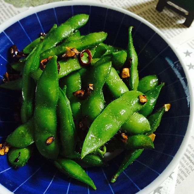 おつまみにもなる枝豆のペペロンチーノ