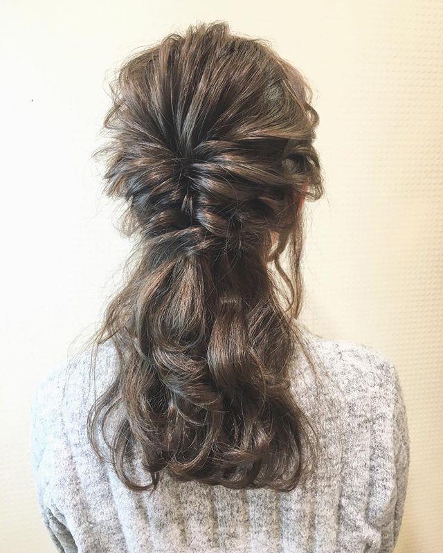 結婚式 髪型 ロングヘア ハーフアップ2