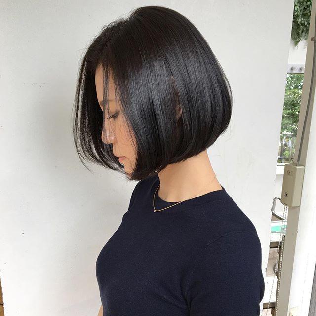 ワンレンストレート黒髪×前髪なし