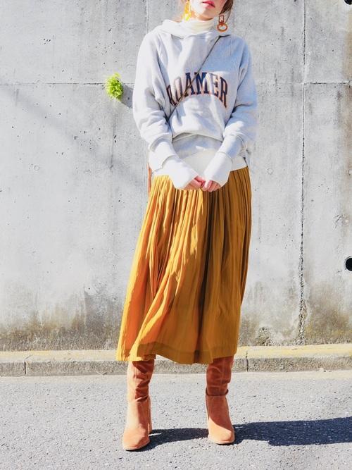 冬 大人カジュアルコーデ スカートスタイル