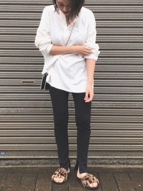 白×黒の大人女子コーデ3
