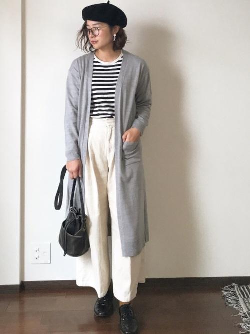 白×黒の大人女子コーデ6