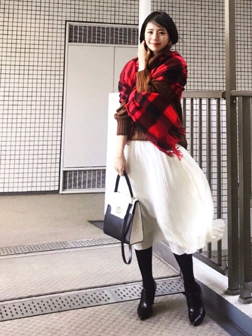 白スカート 冬コーデ16