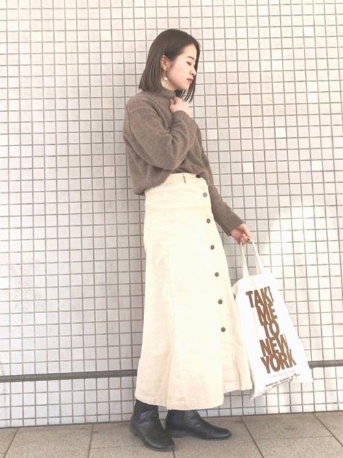 白スカート 冬コーデ15