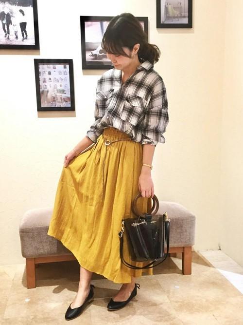 [ikka LOUNGE] 麻調合繊ベルト付きスカート