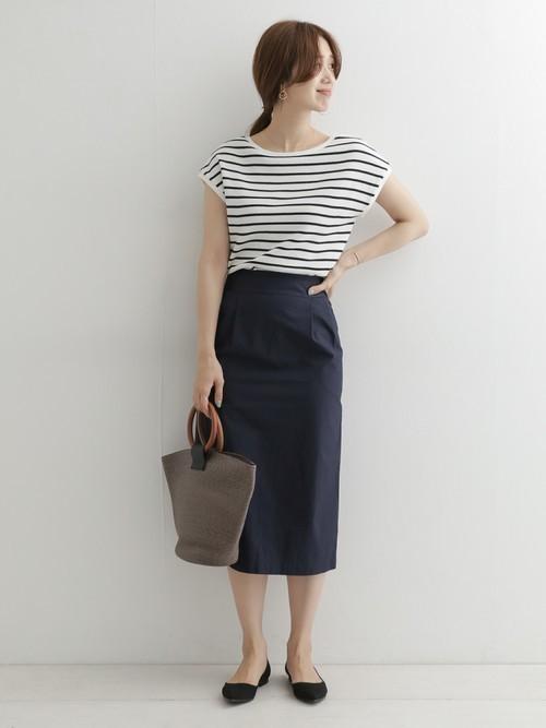 [URBAN RESEARCH DOORS] ワンウォッシュタックストレートスカート