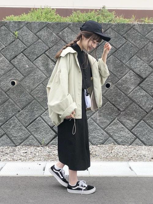 [Kastane] ボリューム袖ナイロンパーカー