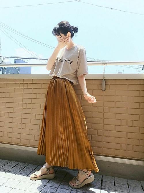 プリーツロングスカート2